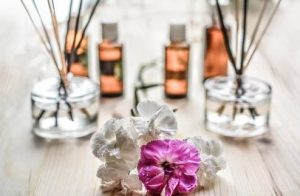 How to treat unpleasant smell with natural products